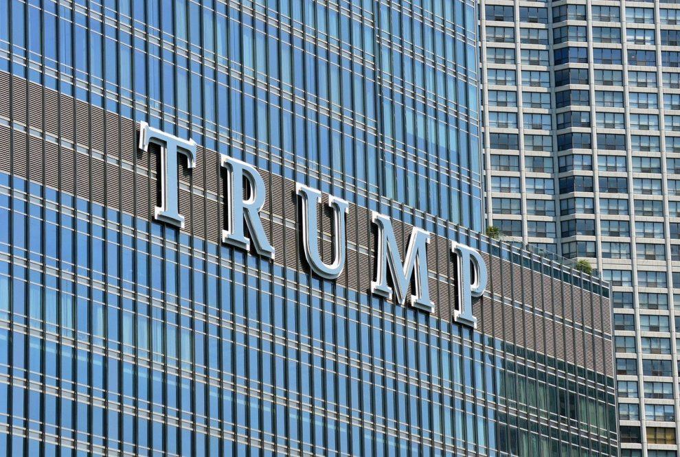 Trang web chiến dịch của Donald Trump bị thu hồi vì tin tặc đang chạy trò lừa đảo tiền điện tử